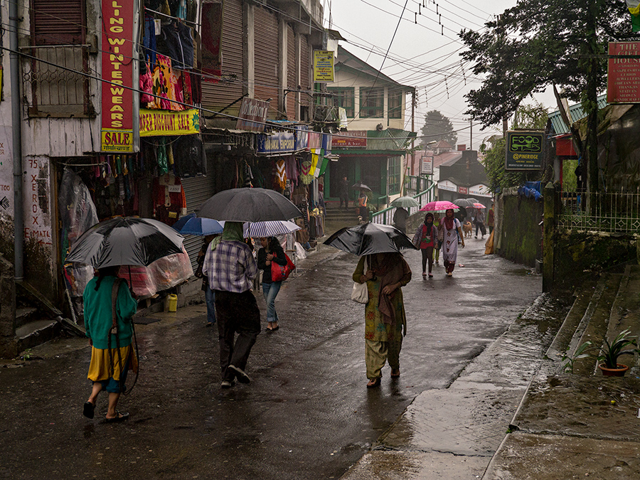 Rainy streets in Darjeeling
