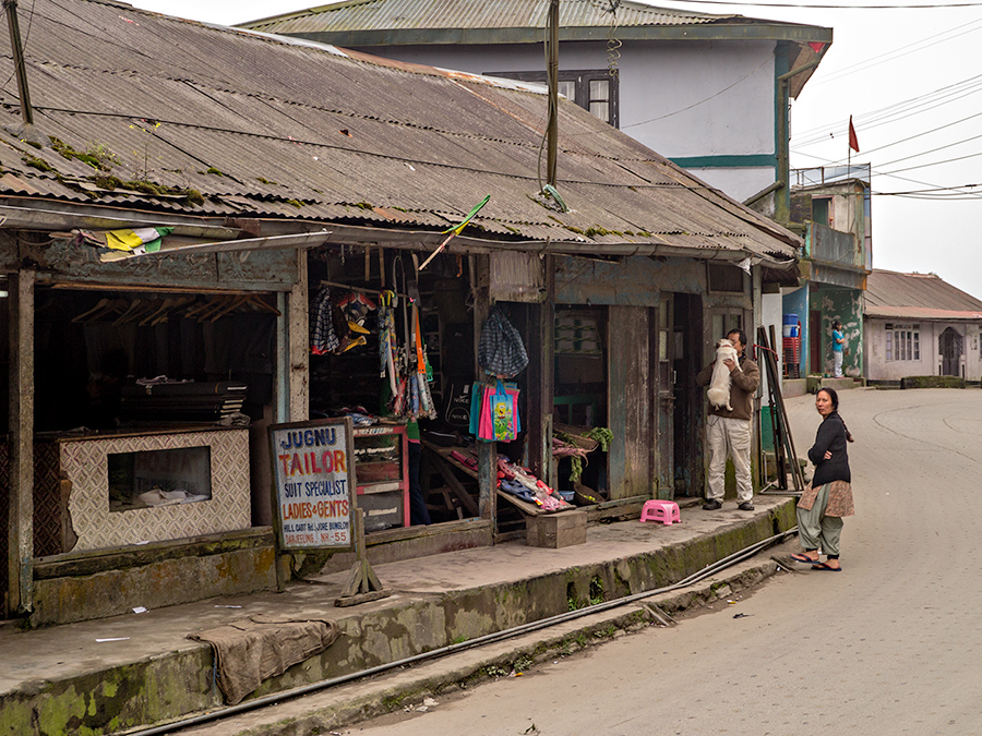 Roadside tailor on the road to Ghum (Ghoom) between Kurseong and Darjeeling