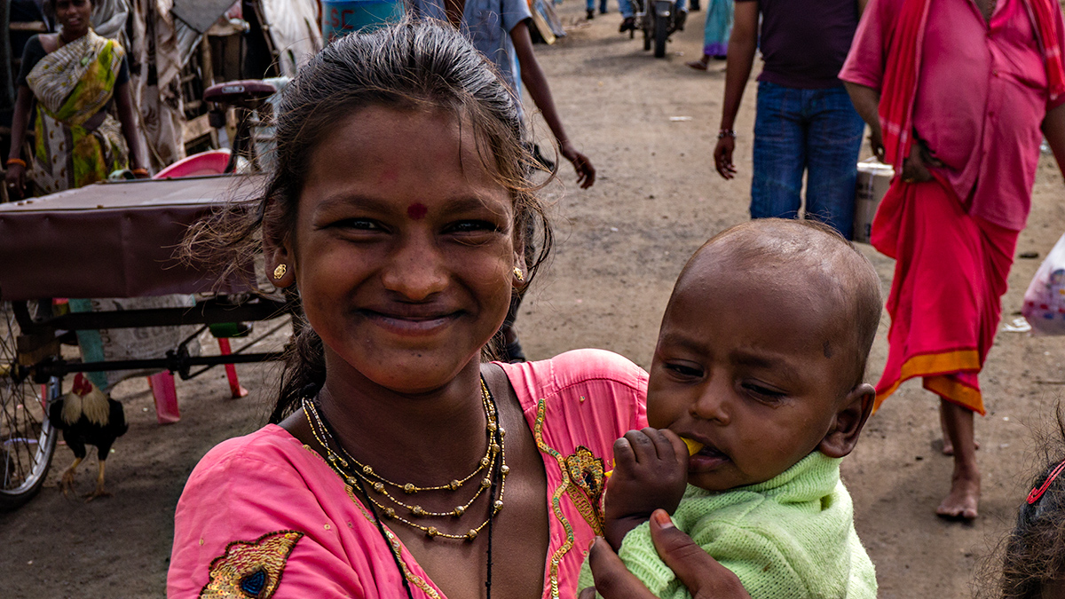 Slum dweller and child, Ongole