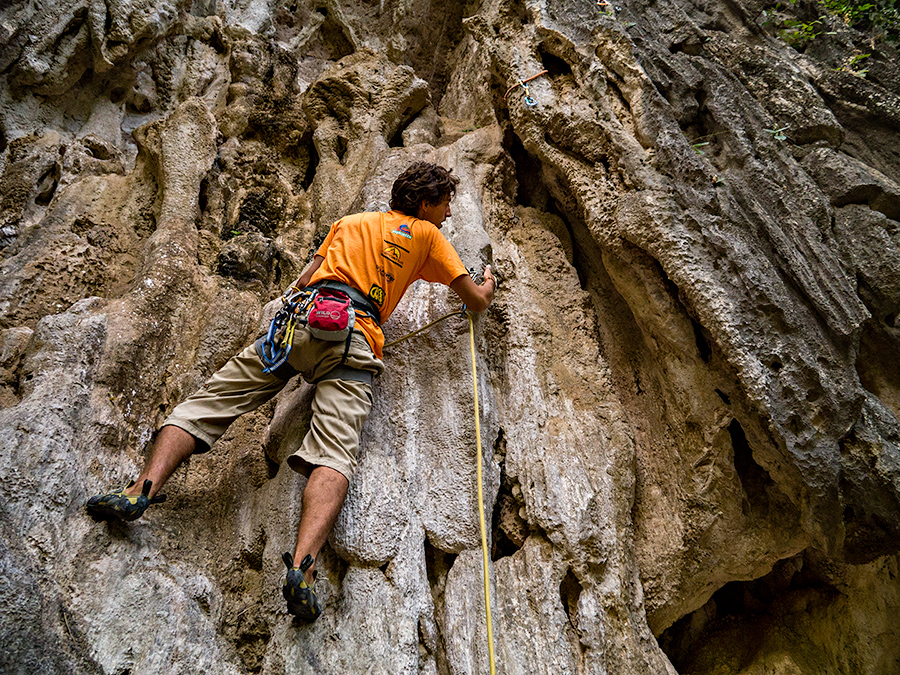 Christmas Day climbing at Thakhek